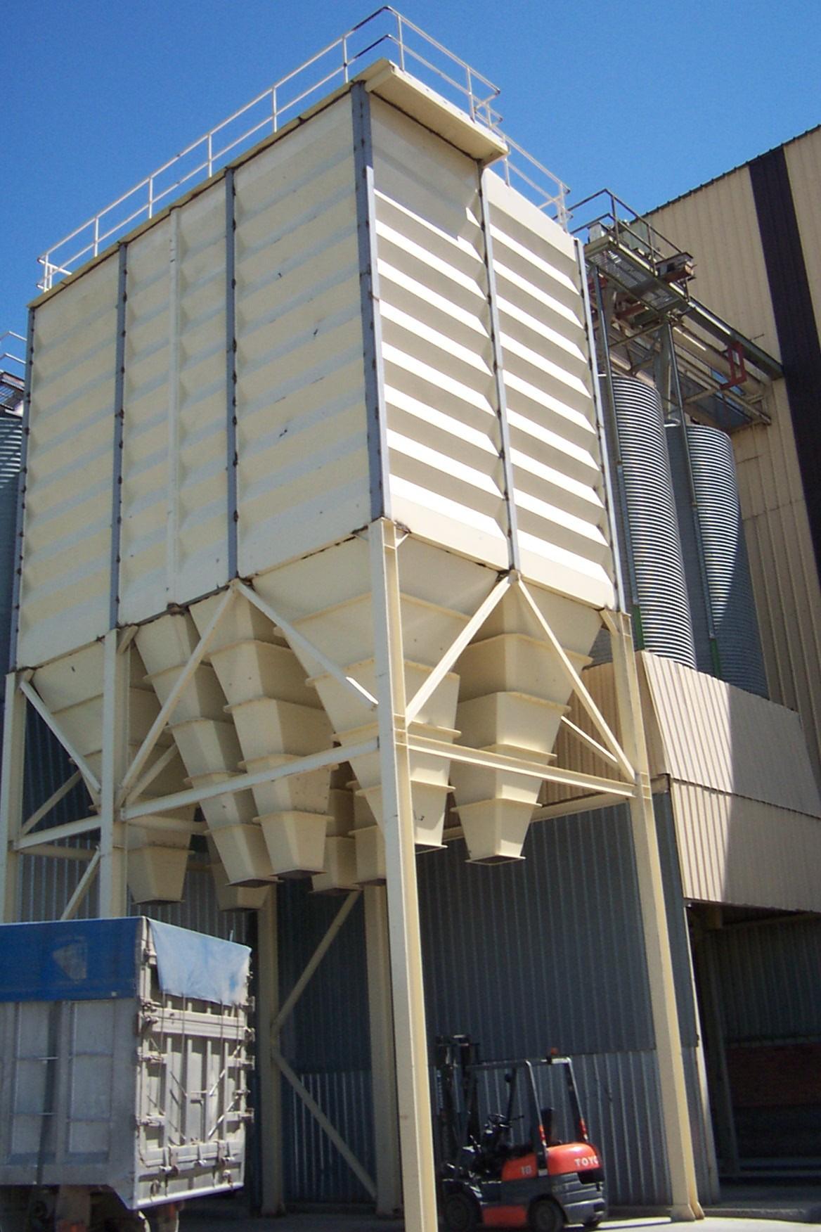 Jusegal s l 2007 carga granel segovia for Oficina de empleo segovia