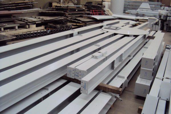 Estructura metálica atornillada