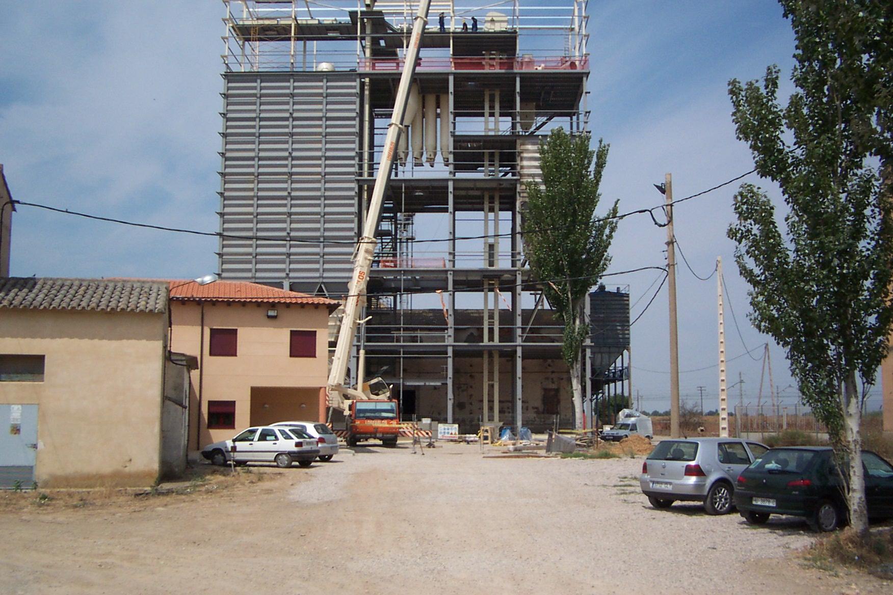 2004. Fábrica piensos Huesca