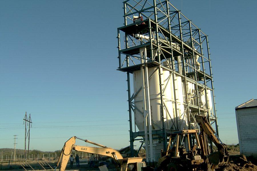 2002. Fabrica piensos México