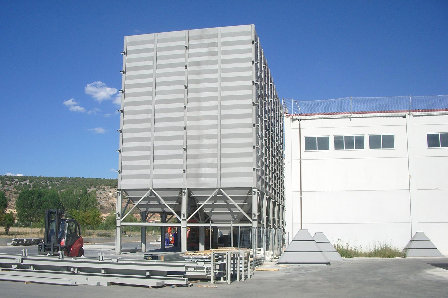 2012. Celdas stock Burgos