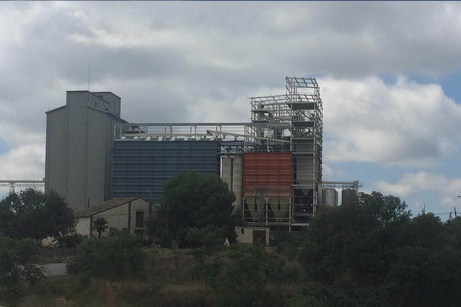 2014. Fábrica de piensos Huesca