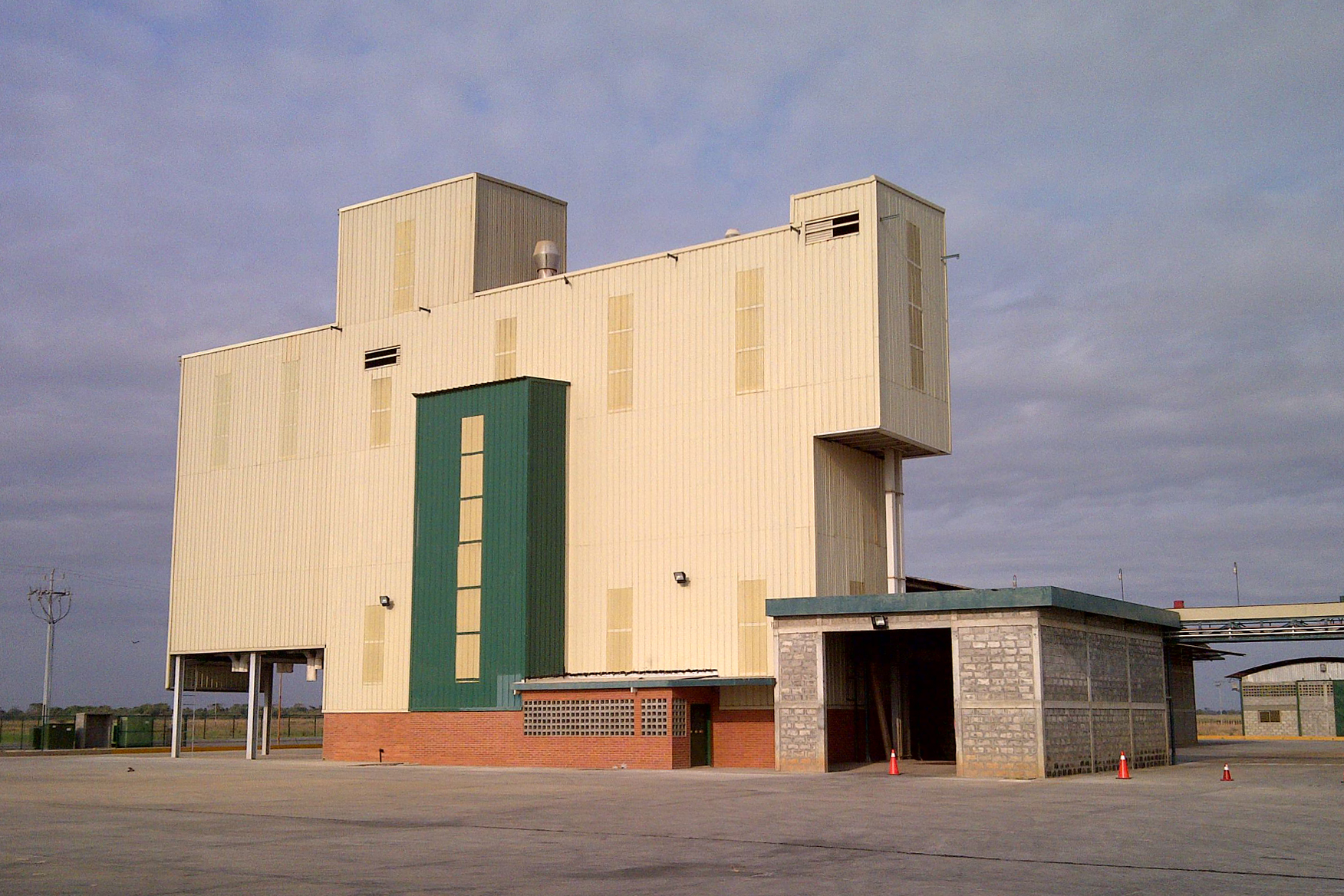 2008. Fabrica de piensos México